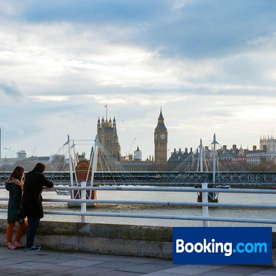 booking.com(ブッキングドットコム)ページ